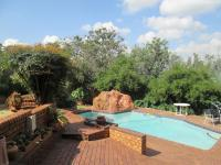 Entertainment - 18 square meters of property in Glenvista