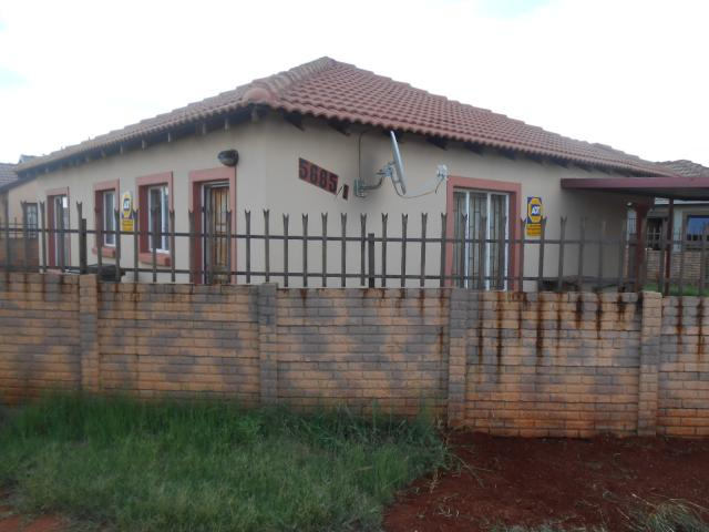 3 Bedroom House for Sale and to Rent For Sale in The Orchards - Private Sale - MR106163
