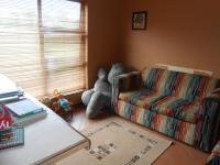 Bed Room 2 - 14 square meters of property in Mooikloof