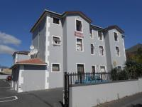 2 Bedroom 1 Bathroom Flat/Apartment for Sale for sale in Wynberg - CPT