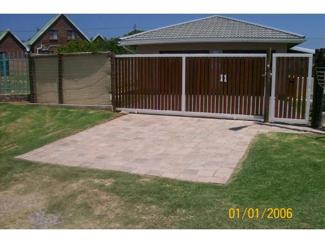 3 Bedroom House for Sale For Sale in Port Alfred - Private Sale - MR106180