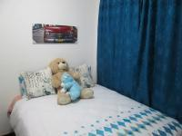 Bed Room 1 - 6 square meters of property in Greenhills