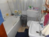 Bathroom 1 - 5 square meters of property in Rhodesfield