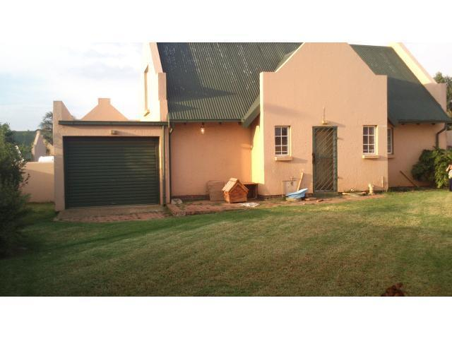 3 Bedroom Sectional Title for Sale For Sale in Glenmarais (Glen Marais) - Home Sell - MR106195