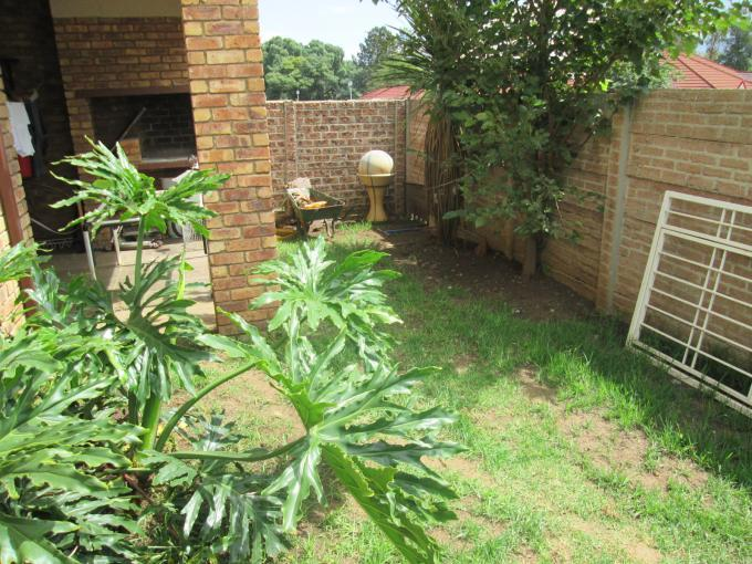 3 Bedroom Sectional Title for Sale For Sale in Croydon - Private Sale - MR106222