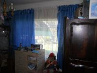 Bed Room 1 - 12 square meters of property in Graskop