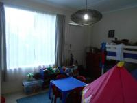 Bed Room 1 - 16 square meters of property in Ferndale - JHB
