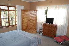 Main Bedroom - 21 square meters of property in Saldanha