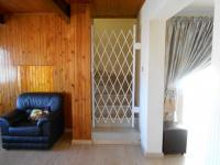 Lounges - 24 square meters of property in Bosmont