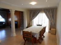 Dining Room - 18 square meters of property in Bosmont