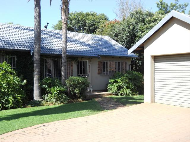 Standard Bank EasySell 4 Bedroom House for Sale For Sale in Garsfontein - MR106385