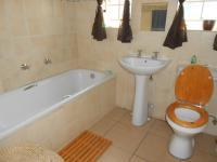 Bathroom 1 - 5 square meters of property in Benoni