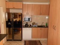 Kitchen - 16 square meters of property in Klopperpark