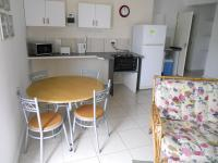 Spaces - 74 square meters of property in Jeffrey's Bay