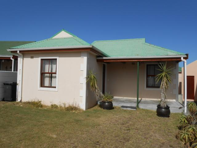 Standard Bank EasySell 3 Bedroom House For Sale in Sunnydale - MR106478