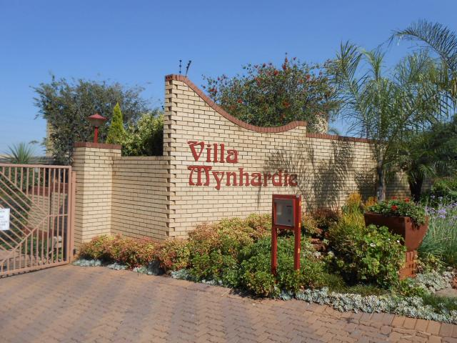 3 Bedroom Simplex for Sale For Sale in Zwartkop - Private Sale - MR106483