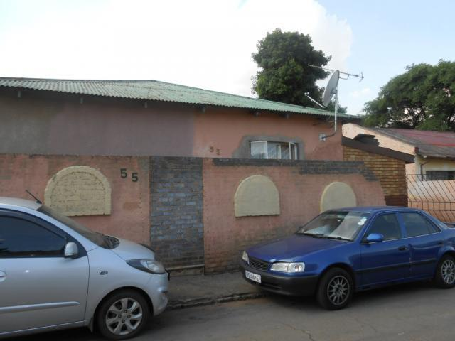 House for Sale For Sale in Vrededorp - Home Sell - MR106488