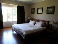 Main Bedroom - 23 square meters of property in Hillcrest - KZN