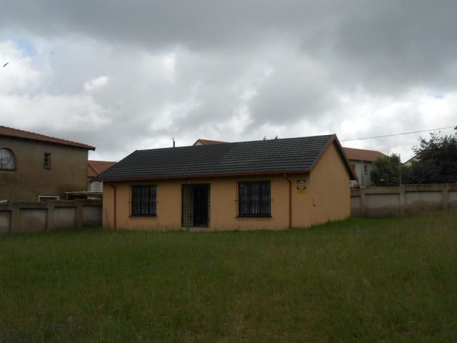 House For Sale in Midrand - Private Sale - MR106570