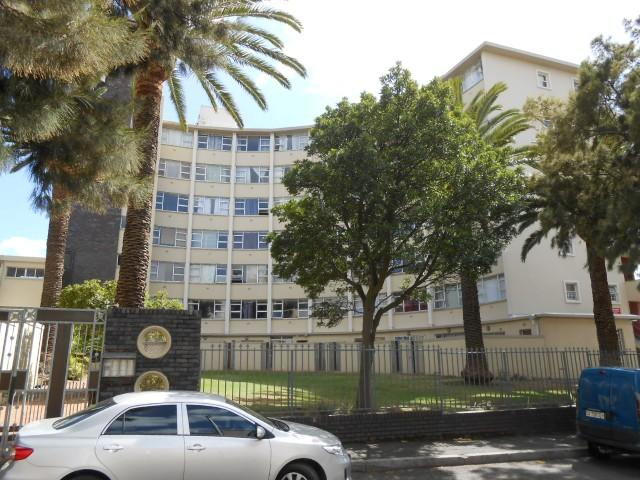 Standard Bank EasySell 2 Bedroom Apartment For Sale in Mowbray - MR106593
