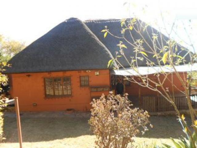 3 Bedroom House for Sale For Sale in Observatory - JHB - Private Sale - MR106663