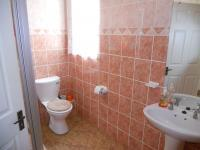 Bathroom 1 - 5 square meters of property in Shelly Beach