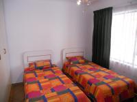 Bed Room 2 - 9 square meters of property in Margate
