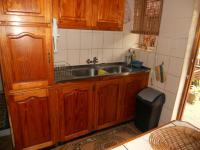 Kitchen - 13 square meters of property in Lotus Park