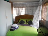 Main Bedroom - 9 square meters of property in Lotus Park