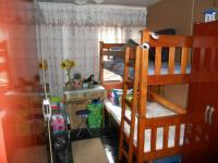 Bed Room 1 - 8 square meters of property in Lotus Park