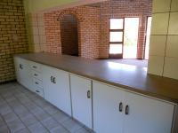 Kitchen - 39 square meters of property in Knysna