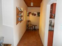 Spaces - 12 square meters of property in The Orchards