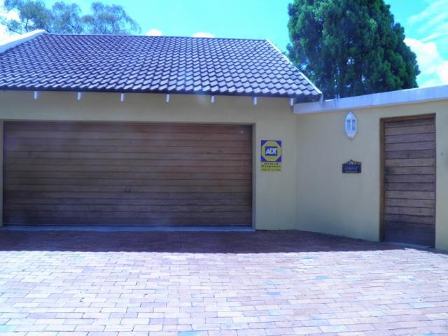 3 Bedroom House for Sale For Sale in Randpark Ridge - Private Sale - MR106854
