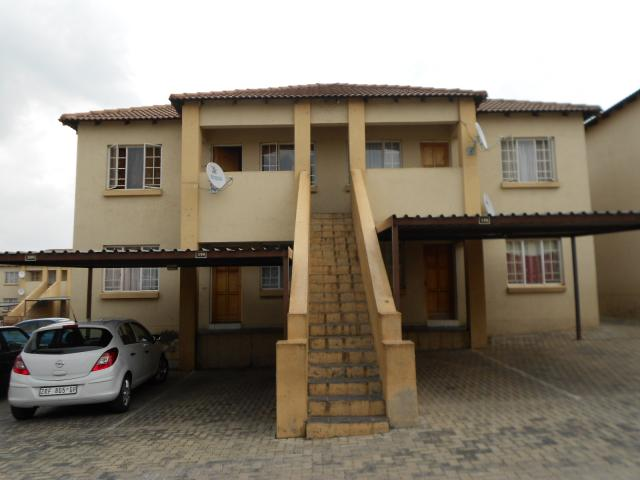 2 Bedroom Apartment for Sale For Sale in Elspark - Private Sale - MR106920