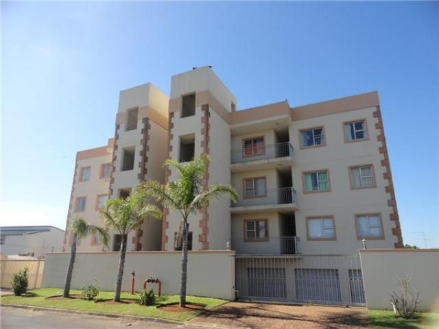 3 Bedroom Apartment for Sale For Sale in Margate - Private Sale - MR107033