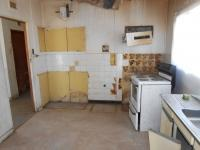 Kitchen - 14 square meters of property in Odendaalsrus