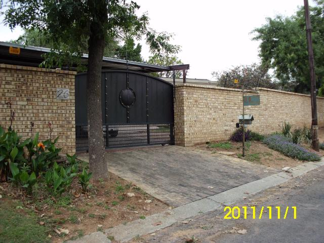 4 Bedroom House for Sale For Sale in Kensington B - JHB - Home Sell - MR107109