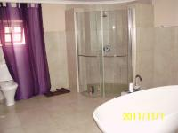 Main Bathroom - 21 square meters of property in Kensington B - JHB
