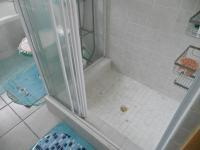 Main Bathroom - 6 square meters of property in Mossel Bay