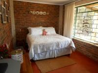 Bed Room 1 - 13 square meters of property in Nest Park