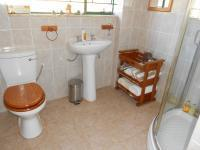 Bathroom 1 - 5 square meters of property in Nest Park