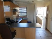 Kitchen - 7 square meters of property in Fourways Gardens