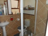 Main Bathroom - 6 square meters of property in Fourways Gardens