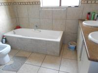 Bathroom 1 - 12 square meters of property in Sonneveld