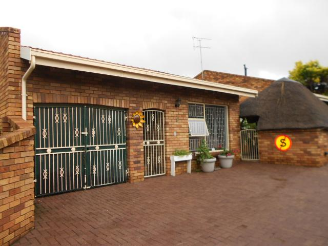3 Bedroom Sectional Title for Sale For Sale in Brakpan - Home Sell - MR107235