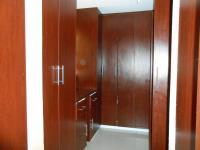 Main Bathroom - 14 square meters of property in The Orchards