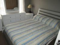 Main Bedroom - 12 square meters of property in Castleview