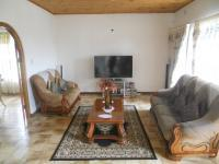 Lounges - 22 square meters of property in Lombardy East