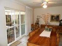 Dining Room - 21 square meters of property in Constantia Glen