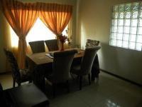 Dining Room of property in Bendor